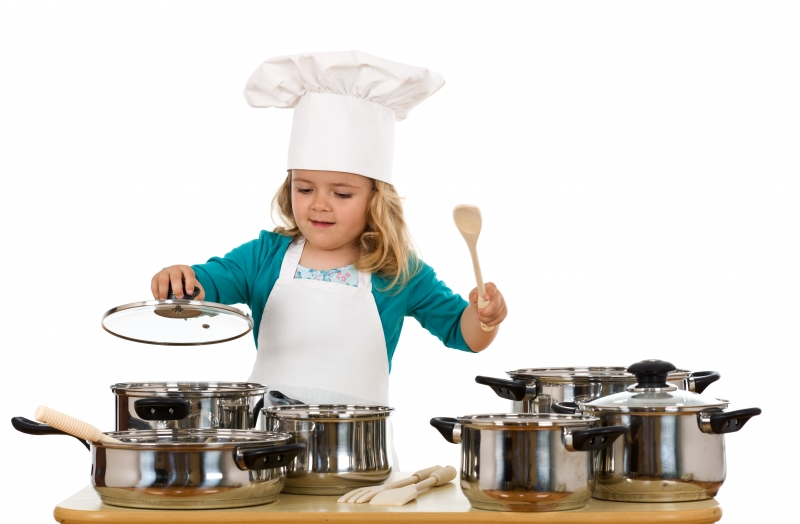 3599623-child-playing-with-cooking-bowls